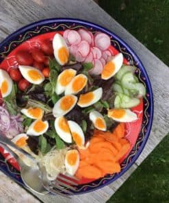 kleurrijke salade ei