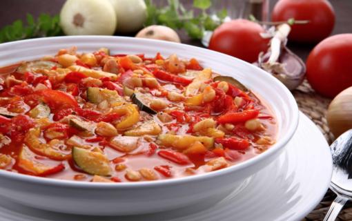 Spaanse groentesoep